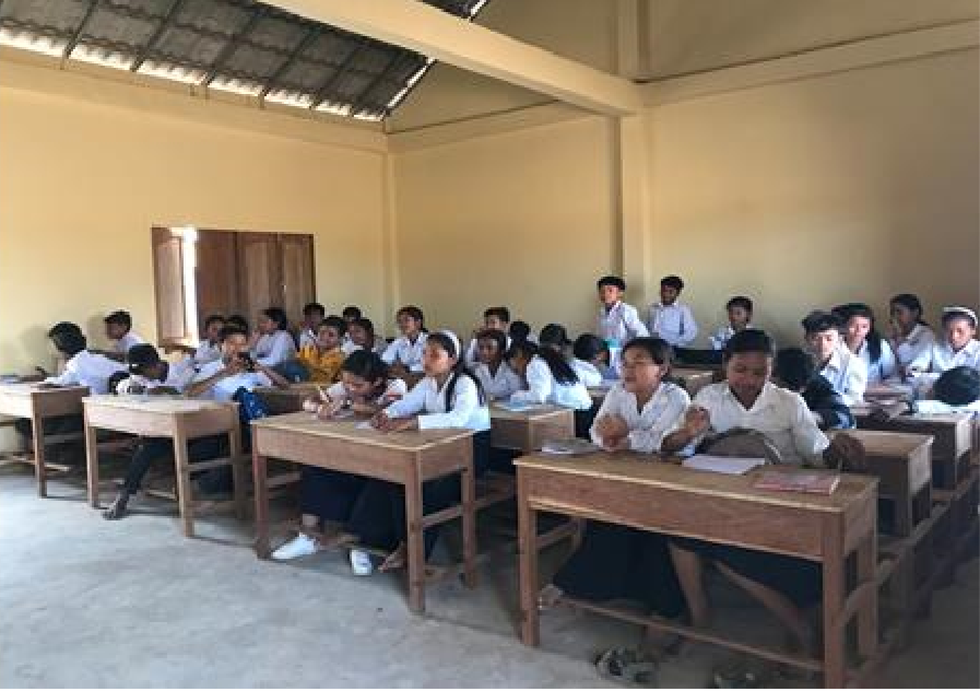 Siem Reap - First batch of students at Oroong Secondary School C